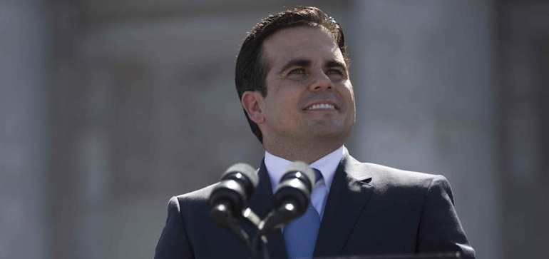 Puerto Rico governor signs 100% renewable energy mandate