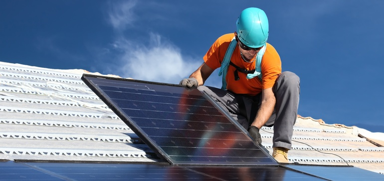 9 solar and storage executives share utility wish lists