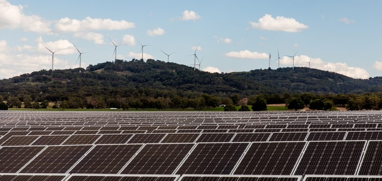 Solar + wind + storage developers 'gearing up' as hybrid projects edge to market