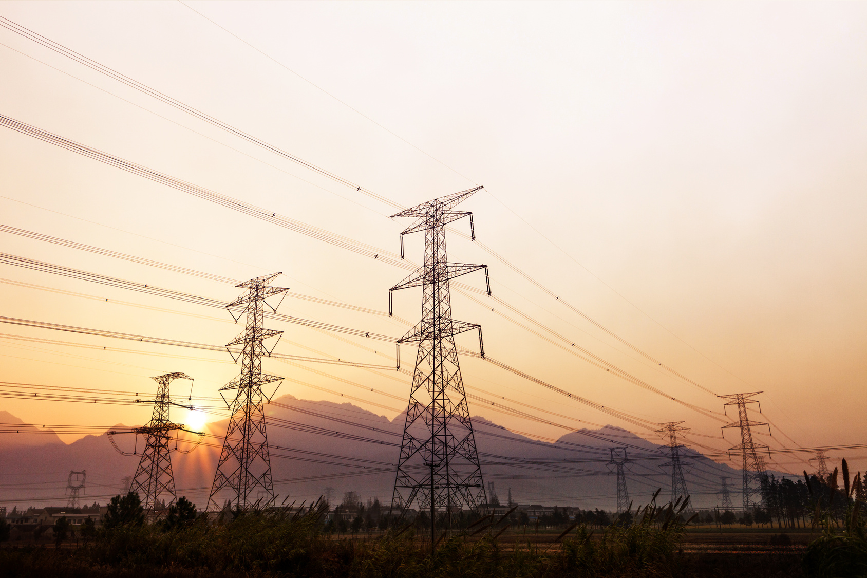 'Should have started yesterday': Why better transmission planning is urgently necessary for tomorrow's grid